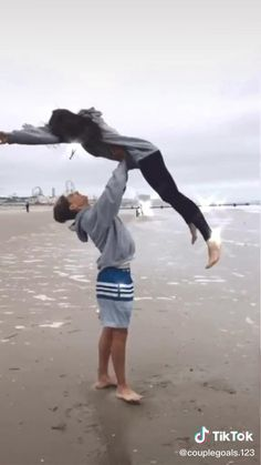 not my video! Cute Couples Photos, Cute Couples Goals, Cute Photos, Teen Couples, Summer Love Couples, Cute Couple Videos, Cute Couple Pictures, Cute Couple Things, Cute Couple Stories