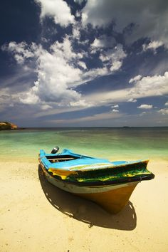 Pigeon Island, Trincomalee,  Sri Lanka. Snorkling paradise