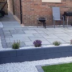 Garden Slabs, Garden Tiles, Garden Paving, Back Garden Design, Backyard Garden Design, Outdoor Paving, Outdoor Gardens, Outdoor Tiles, Patio Edging