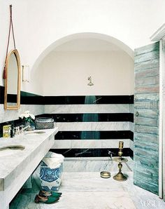 { Moroccan Home } black and white striped tile in bathrooms shower - love Bad Inspiration, Bathroom Inspiration, Interior Inspiration, Open Showers, Ideas Hogar, Interior Exterior, Modern Interior, Modern Furniture, Beautiful Bathrooms