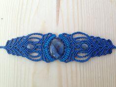 Blue labradorite Macrame Bracelet Handmade di ARTofCecilia su Etsy