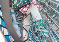 très belle photo - fondation Louis Vuitton Paris - Daniel Buren l'Observatoire de la lumière