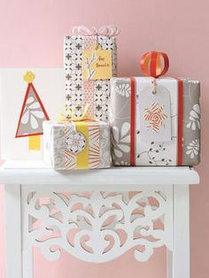 Cute holiday craft ideas. Don't forget the bows, ribbons, and packaging supplies to make these! http://www.bagsandbowsonline.com/shopdeluxe/initialsearch/ribbons?_requestid=55682