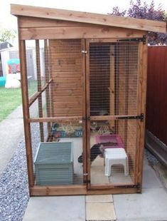 Dog kennel set up for bunnies! Nice and spacious. would love to do something like this for mine Woodworking Projects Plans, Teds Woodworking, Airline Pet Carrier, Bunny Cages, Pet Boarding, Dog Area, House Rabbit, Pretty Bedroom, Dog Fence