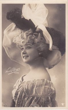 I am not sure which of the Mante sisters this one is, either Blanche or Louise.?