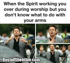 When you don't know what to do with your hands in worship – Memes Funny Christian Jokes, Christian Humor, Christian Life, Christian Quotes, Christian Church, Church Memes, Church Humor, Catholic Memes, Jesus Jokes