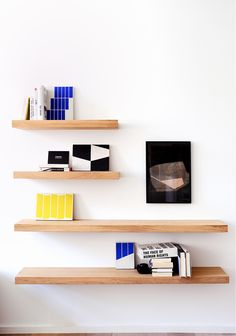 The Oak Wall Shelves by Belgian design house Ethnicraft is the perfect solution for that extra storage need. Use to display your favorite decorative accessories or as a floating bookshelf.
