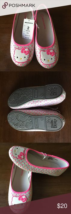 New with tags hello kitty girls flats Silver and pink heart detail hello kitty flats. New with tags size 2. Hello Kitty Shoes Dress Shoes