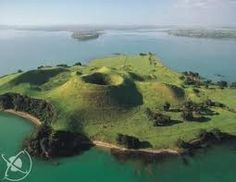 Browns Island, Auckland, The North Island, New Zealand The Beautiful Country, Beautiful Places, New Zealand Cities, Parts Of The Earth, Norfolk Island, Auckland New Zealand, Princess Cruises, South Island, Home And Away