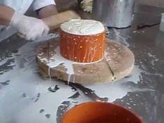 Φτιάχνω κασέρι ΦΤΙΑΧΝΩ ΜΟΝΟΣ ΜΟΥ Tyrokomisi kaseriou - YouTube Food Network Recipes, Food Processor Recipes, The Kitchen Food Network, How To Make Cheese, Making Cheese, Greek Recipes, Healthy Cooking, Family Meals, Yogurt