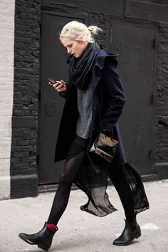 Casual sexy fashion mode, look fashion, net fashion, womens fashion, fashion fall Looks Street Style, Looks Style, My Style, European Street Style, Daily Style, Style Blog, Simple Style, Look Fashion, Womens Fashion
