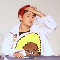 I miss his red hair who else - Modern Red Hair Video, Red Video, Taehyung Red Hair, V Taehyung, Foto Bts, V Chibi, Jungkook Cute, I Miss Him, Bts Edits