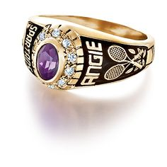 Personalized girls class ring from #Jostens Achiever Collection.