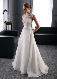 Elegant Organza Bateau Neckline A-Line Wedding Dress With Beaded Lace Appliques