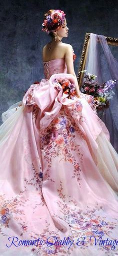 floral gown...designer, anyone??