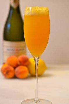 The Bellini: 2 ounces of peach nectar 1 ounce peach schnapps 1 teaspoon lemon juice 3 ounces of chilled Prosecco Mix everything but the champagne together in a chilled flute glass. Add the champagne, stir and serve for two. Peach Bellini, Cocktail Drinks, Alcoholic Drinks, Cocktails, Cocktail Shaker, Jam Recipes, Gourmet Recipes, Rowan, Cocktail