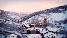 Cesana all'alba ---------- 📸 Federico Milesi Foto #fotodelgiorno 7 dicembre 2020 #myvalsusa 1803 Alba, Mount Everest, Snow, Mountains, Travel, Outdoor, Outdoors, Viajes, Destinations
