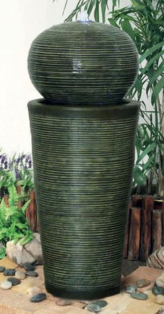 WATER FEATURE COLUMN WITH SPHERE IN GREEN RIBBED FINISH