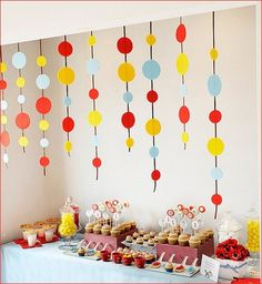 Curious George party theme. Easy circles on strings