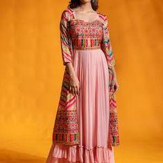 Party Wear Indian Dresses, Designer Party Wear Dresses, Indian Gowns Dresses, Kurti Designs Party Wear, Dress Indian Style, Indian Fashion Dresses, Lehenga Designs, Indian Designer Outfits, Indian Outfits