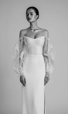 White wedding dress. Brides want to find themselves finding the most appropriate wedding day, but for this they require the perfect wedding gown, with the bridesmaid's outfits enhancing the brides dress. These are a number of suggestions on wedding dresses.