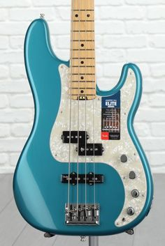 4-string Electric Bass with Alder Body, Maple Neck, Maple Fingerboard, 2 Single-coil Pickups, and Active Preamp - Ocean Turquoise