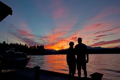 It is such a sunny glorious day today!  What are you doing for President's Day weekend?  Our waterfront center has kayaks, SUPs and watercraft ready for you to be able to enjoy a sunny paddle on the canal today!  #alderbrook #hoodcanal #SUP #paddle #kayak http://www.alderbrookresort.com/marina/