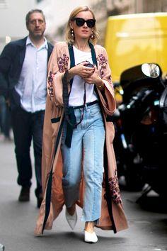 Le Fashion Blog Street Style Sunglasses Pink Kimono Jacket Tee Shirt Black Belt…