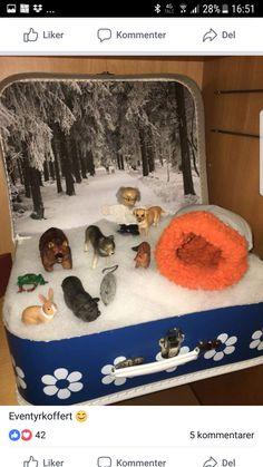 The Mitten Book Activities, Winter Activities, Activities For Kids, Crafts For Kids, Creative Curriculum Preschool, Kindergarten Activities, Small World Play, Theme Noel, Backyard For Kids