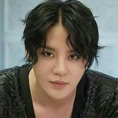 Just Sexy,no matter what hair color he wears.♡♡♡♡♡♡♡