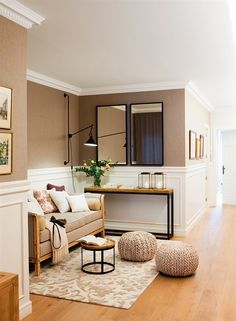 Unique Home Interior Apartment Entryway, Entryway Decor, Style At Home, Home Office Space, Living Room Sofa, Cozy Living, Home Fashion, Ideal Home, Home Remodeling