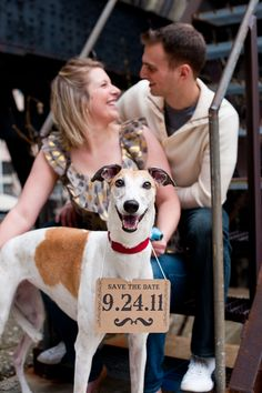 What a great idea to bring in the WHOLE family for the Save the Date card ~ My pup would totally complete this card! ;)