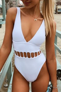 Stunning new arrival for you, babes~ Solid white one-piece is the perfect combo with coconut milk in your hand. Hot deep-v neck and cut-out at waist gonna catch everyone's eyes on the beach! Free shipping & Shop now!