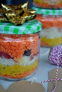 Dahl in a jar - make ahead, eat later Mason Jar Meals, Meals In A Jar, Cooking Time, Cooking Recipes, Party Food Platters, Organic Cooking, Gourmet Gifts, Jar Gifts, Creative Food