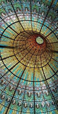 Barcelona, Spain: Extremely intricate stained glass on ceiling of Palau de Catalan Music in Barcelona. Example of beautiful art nouveau. Beautiful Architecture, Beautiful Buildings, Art And Architecture, Architecture Details, Beautiful Places, Simply Beautiful, Art Nouveau, Stained Glass Art, Stained Glass Windows