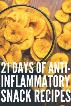 In an anti-inflammatory diet, we primarily move away from the overly processed, unbalanced diets of the West and toward the ancient eating patterns. Here are the best anti-inflammatory foods on the planet. Healthy Snacks, Healthy Eating, Healthy Recipes, Healthy Detox, Vegan Detox, Eating Vegan, Diet Snacks, Healthy Weight, 21 Day Meal Plan