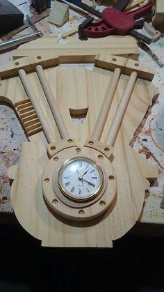Picture of Some Fine Detail Diy Easel, Make A Clock, Custom Trikes, Harley Davidson Logo, Automotive Decor, Motorcycle Garage, Dark Stains, Pallet Art, Wood Design