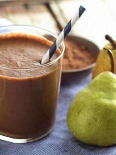 Frullato cioccolato e pere: un grande classico, il connubio più amato da grandi e piccini, quello tra la frutta più dolce e succosa e il cioccolato.