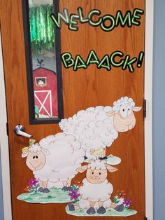 Farm Theme Classroom, Classroom Design, Kindergarten Classroom, Classroom Decor, Farm Animal Crafts, Sheep Crafts, Baby Crafts, Farm Animals, School Farm