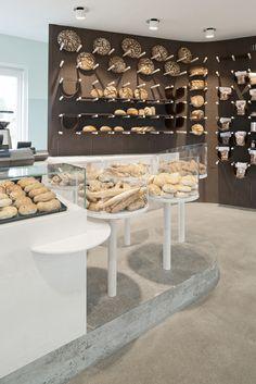 March Gut Transforms Garden Pavilion into Contemporary Bakery — KNSTRCT Bakery Interior, Cafe Interior Design, Bakery Shop Design, Store Design, Bakery Store, Bakery Cafe, Design Food, Design Design, Bread Shop