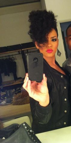 If I could pull off this edgy hair style, I would in a heart beat! GF is fierce!