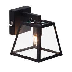 Caractéristiques techniques: Applique carrée Bedford Matières : en métal et verre Dimensions : Hauteur : 12.5 cm Longueur : 9 cm Fonctionne avec 1 ...