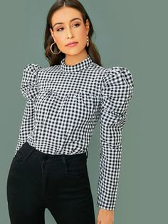 Leg-of-mutton Sleeve Crinkle Front Gingham Top , High Fashion Outfits, Crop Top Outfits, Leg Of Mutton Sleeve, Sewing Blouses, Designs For Dresses, Fashion Line, Vintage Tops, Types Of Sleeves, Winter Blouses