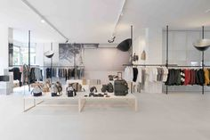 superfuture :: supernews :: zurich: qwstion invites store opening