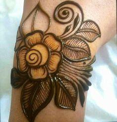 Wedding Henna Designs, Henna Tattoo Designs Simple, Rose Mehndi Designs, Basic Mehndi Designs, Finger Henna Designs, Mehndi Designs For Beginners, Henna Designs Easy, Mehndi Designs For Fingers, Latest Mehndi Designs