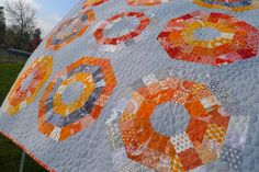Octagonal Orb Blocks — Patterns by Elizabeth Hartman Quilting Projects, Quilting Designs, Sewing Projects, Craft Projects, Elizabeth Hartman Quilts, Picnic Blanket, Outdoor Blanket, Grey Quilt, Flying Geese