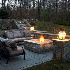 Cool 35 Simple Fire Pit and Seating Area for Backyard Landscaping Ideas https://idecorgram.com/5460-35-simple-fire-pit-seating-area-backyard-landscaping-ideas