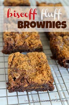 Biscoff Brownies - brownies with #Biscoff cookies, marshmallow cream, and Biscoff spread #brownies http://www.insidebrucrewlife.com