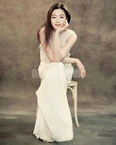 Gianna Jun - elegant