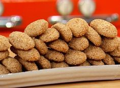 Crunchy Sesame Cookies are perfect for dunking into a cup of coffee! Buddy Valastro shares his holiday recipe with Rachael Ray!